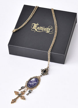 1703_night_memory_necklace_1.jpg